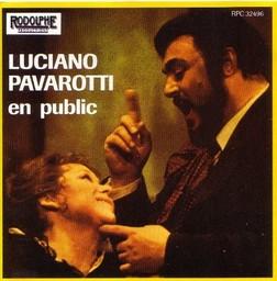 Luciano Pavarotti en public / Luciano Pavarotti, T | Pavarotti, Luciano. Interprète